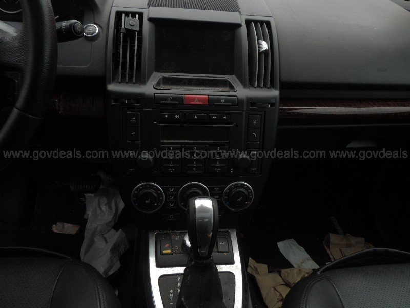 2008 Land Rover LR2 SE - CLEAR TITLE