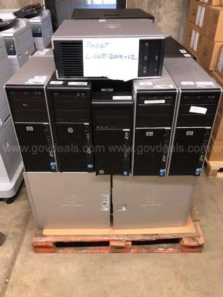 HP Desktop Computers (Various Models) Total of 26