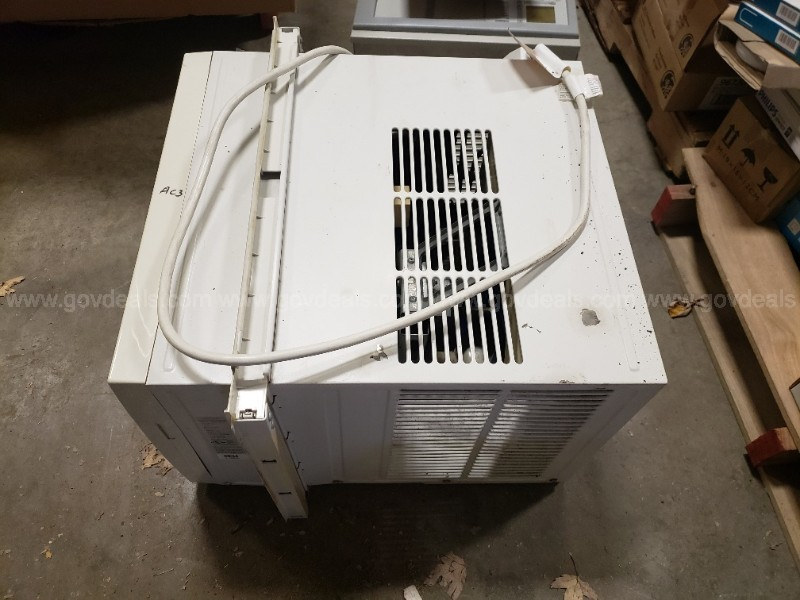 Comfort Aire Window Air Conditioner