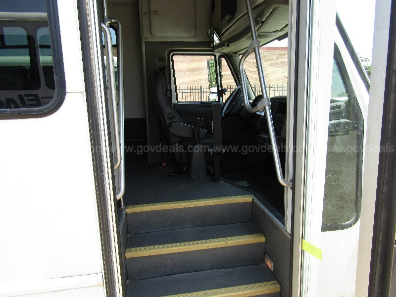 2013 International 3000 Comm. Bus-Handicap Accessible (Video Attached)