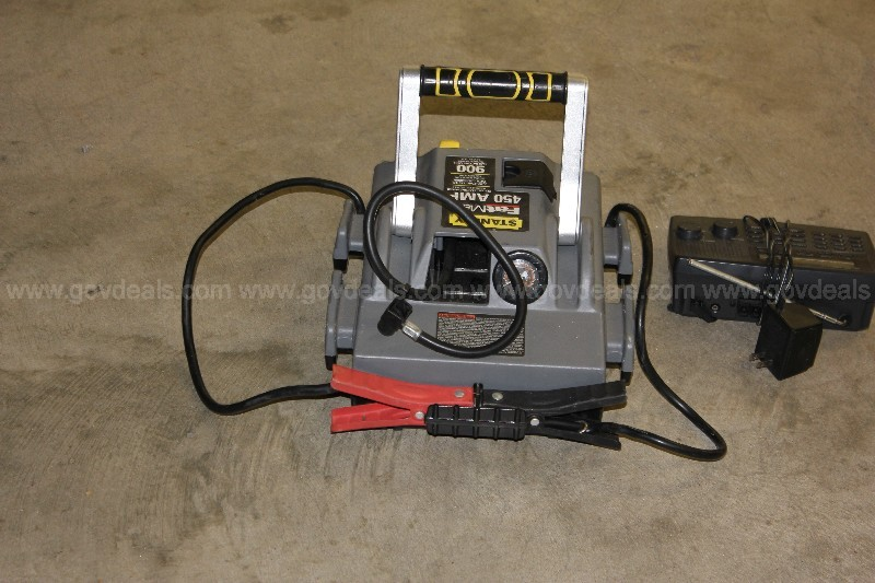 Stanley fat max 450 Amp Quick start with Air Compressor & scanner