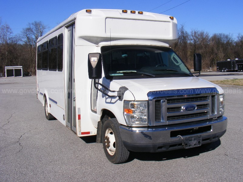 2009 Ford Econoline E450 21 Passenger Bus Runs Great /Watch Long Test Video