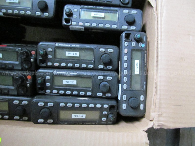 Lot of 15 Motorola Police Radios