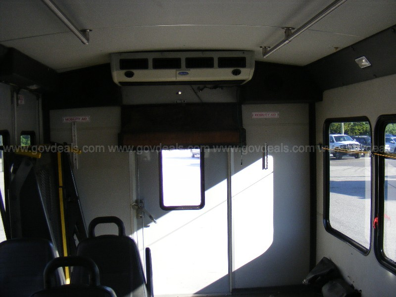 2011 Ford Econoline E450 Transit Bus Long Test Drive Video