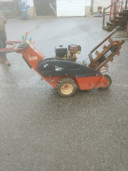 Ditch Witch 1030