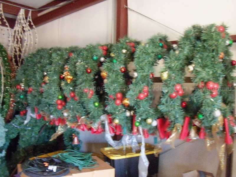 Christmas decoration for a small town, Wreaths and light sets.