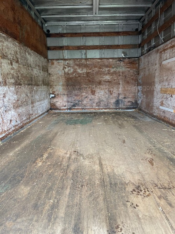 1986 14' FRUEHAUF ENCLOSED BOX TRAILER