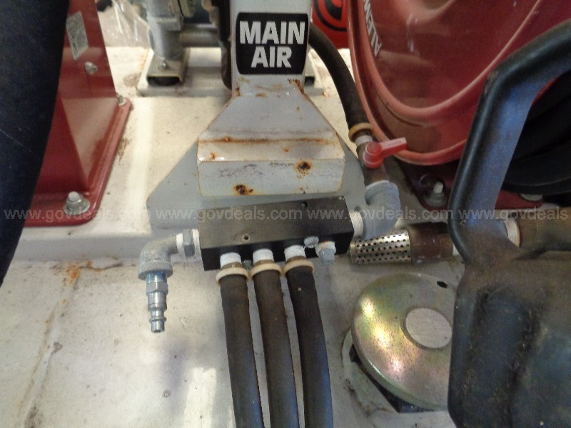 (1) USED LIKE NEW TPL LUBE SKID. TAYLOR PUMP AND LIFT.