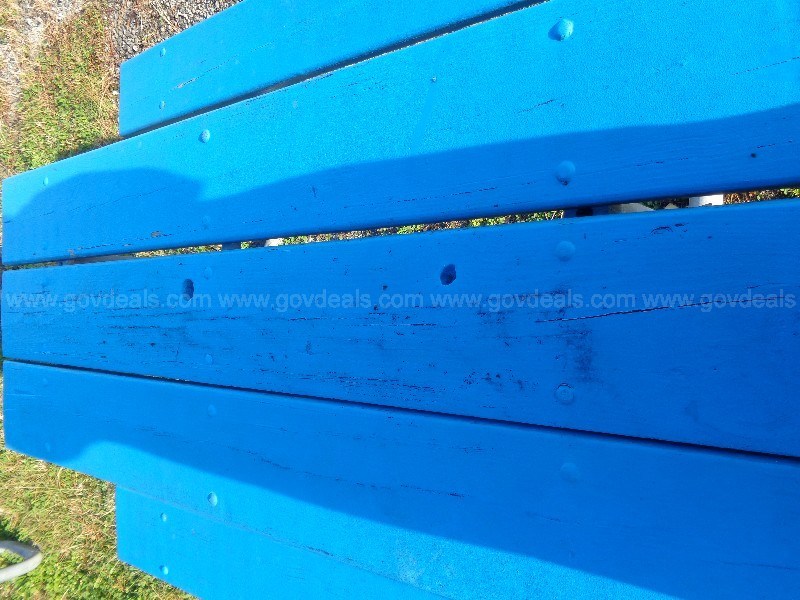 (1) USED PICNIC TABLE W/ METAL FRAME AND BLUE WOOD PAINTED TOP