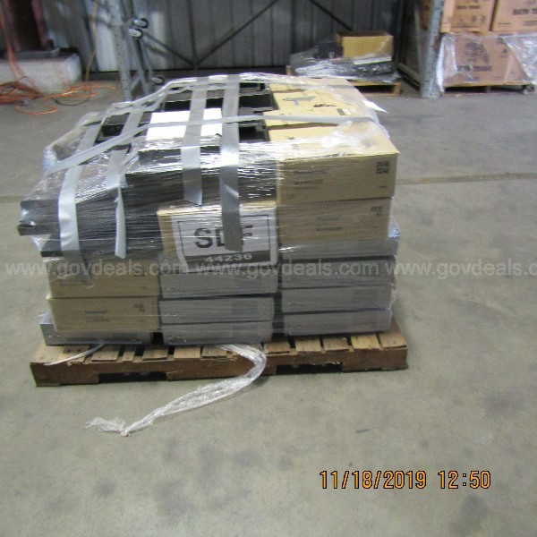 LOT OF Panasonic Video Disc Recorder Extension AND OTHER ITEMS ON A PALLET