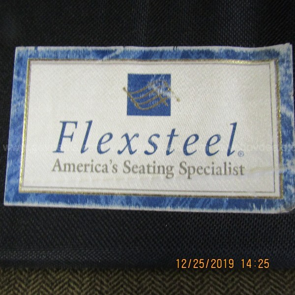 FLEXSTEEL, SLEEPER SOFA , HEARING BONE PATTERN COUCH ON A PALLET