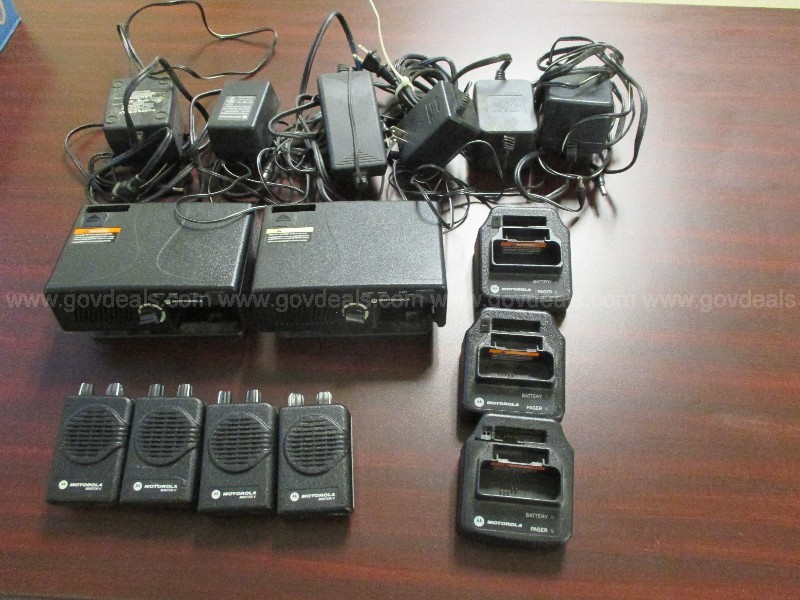Motorola Minitor V Pagers (4)