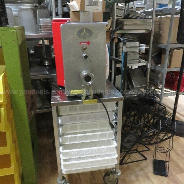 Arcobaleno AEX 30 Stello Posta Extruder with Mobile Pasta Cart with 7 trays