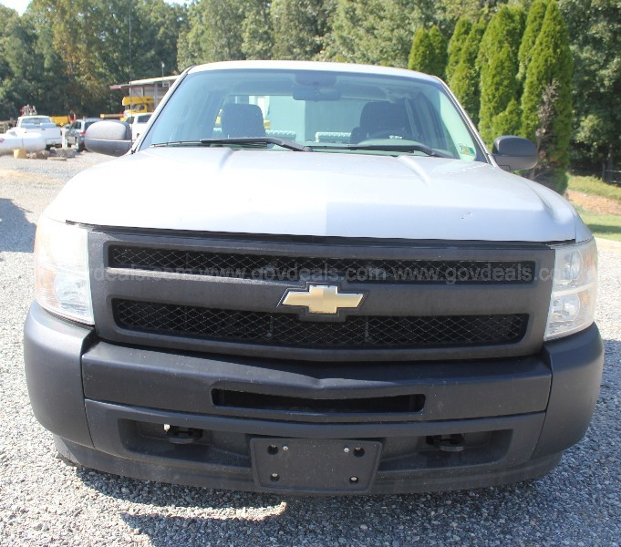 2010 Chevrolet Silverado 1500 Extended Cab Pickup, 6.5ft bed, 4WD