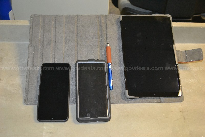 Samsung tablets and cell phone CPD 19024982 / 20001027