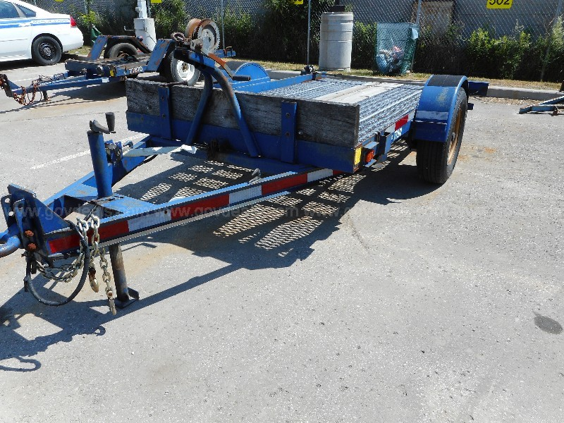 Single axle 2 ton trailer with electric brakes