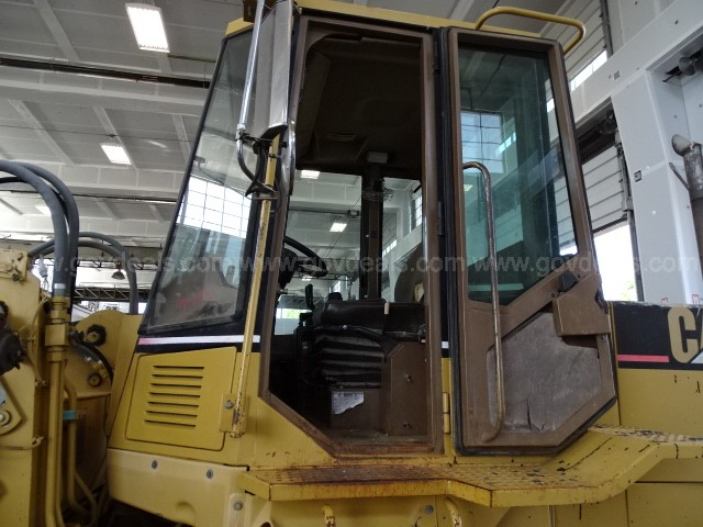 1994 Caterpillar IT28F Articulated Front Loader