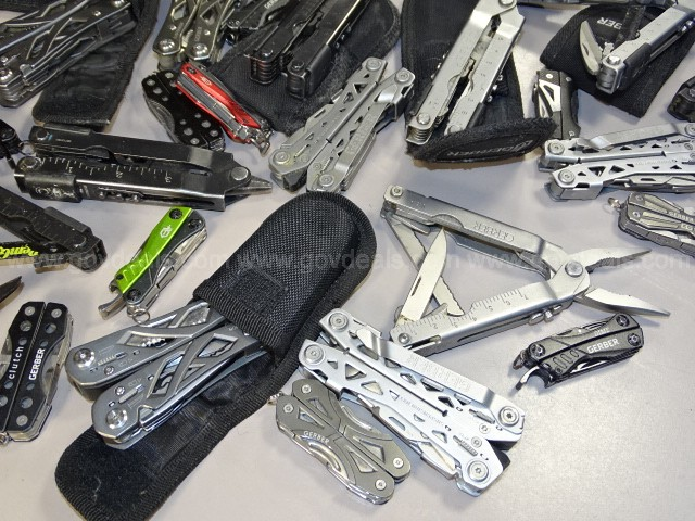 Gerber Multi-Tools Big 18# Lot!  - Shipping Only $17.00