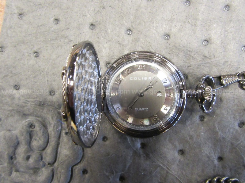 LOT OF WATCHES AND JEWELRY (GD2656)