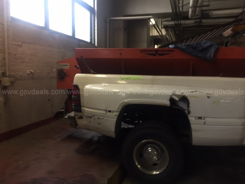 1999 Dodge Ram 3500 Regular Cab 4WD with Spreader and Plow - 3,165 miles