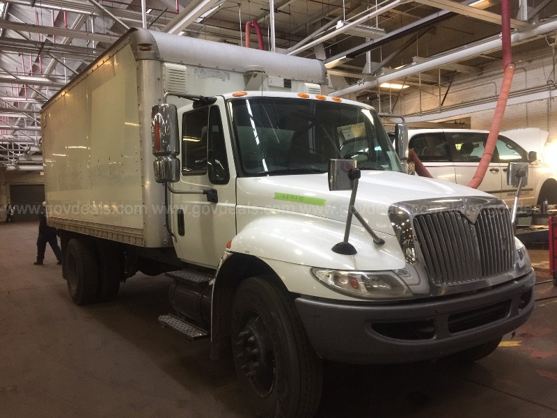 2005 International 4400 Box Truck