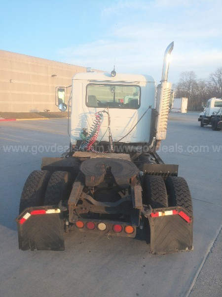 2000 Mack CH612 Road Tractor