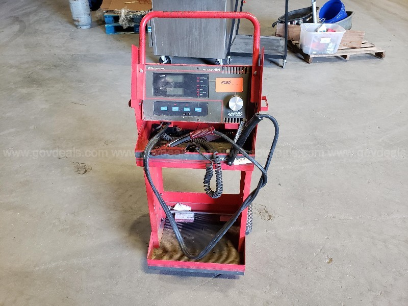 Battery Load Tester Auction #2055