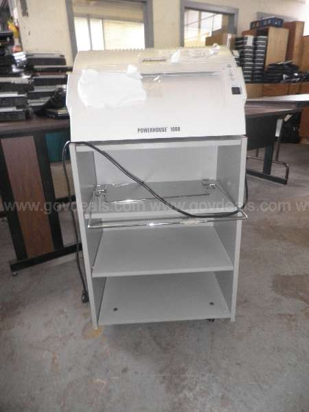 VARIOUS TYPE STANDING AND DESK SHREDDERS