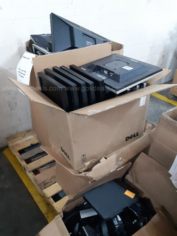 Lot of Monitors and Laptops (3 pallets)
