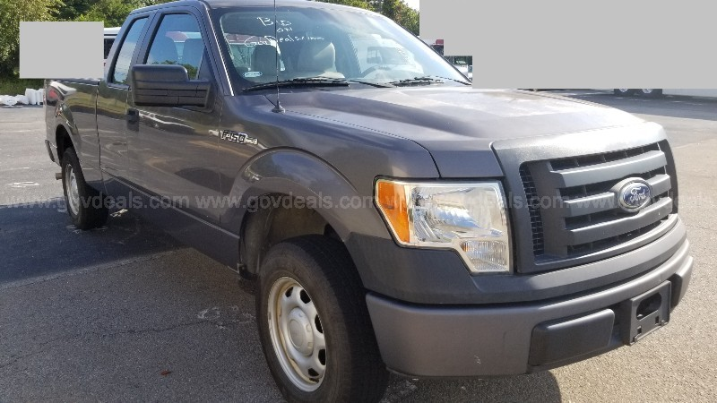 2010 Ford F-150 XL SuperCab 6.5-ft. Bed 2WD 4-DR, 5.4L V8