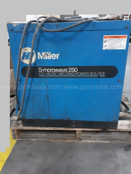 Miller Syncrowave 250 CC- AC/DC Welding Power Source