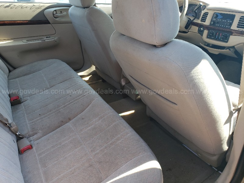 2004 Chevrolet Impala Base SEDAN 4-DR, 3.8L V6