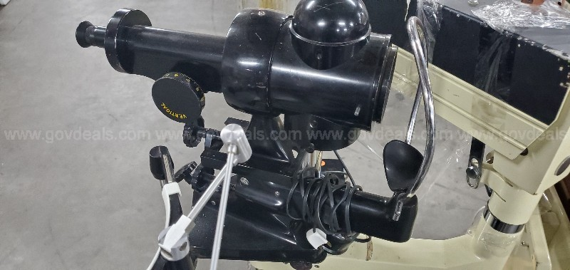 Topcon IS-30 Opthalmology Chair with accesories
