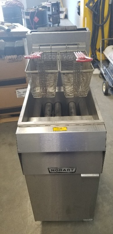 HOBART GRILL & DEEP FRYER/USED/OFFSITE/DS15718-2 & 4/INV84172 & 4/KDE