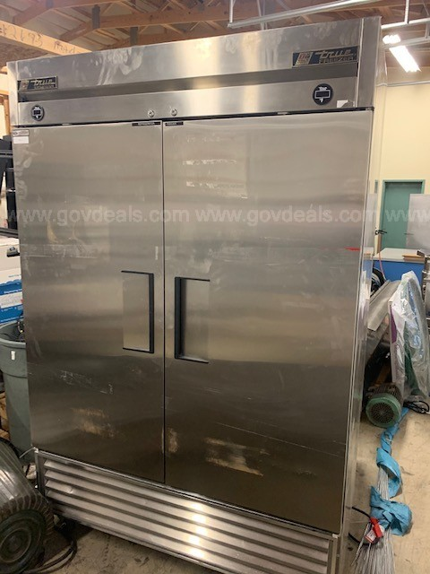 Used commercial refrigerator/freezer
