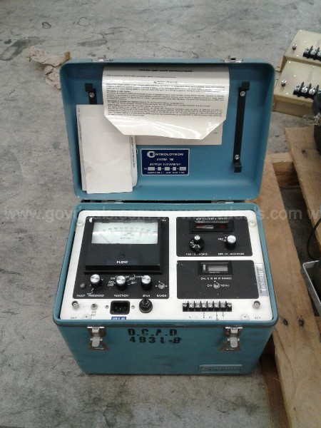 One lot of miscellaneous Electronic and test equipment