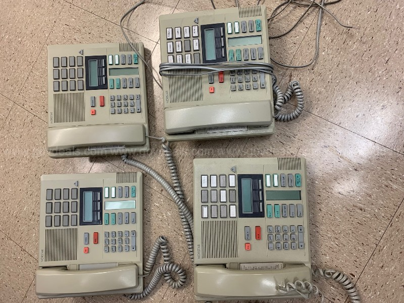 Lot of 5 Norstar/MeridianTelephones