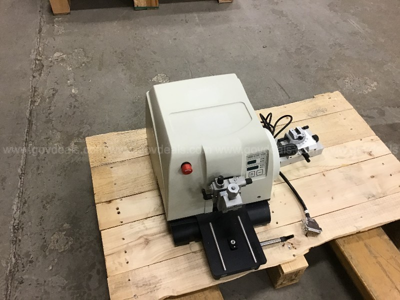 Leica RM2255 Fully Automated Rotary Microtome