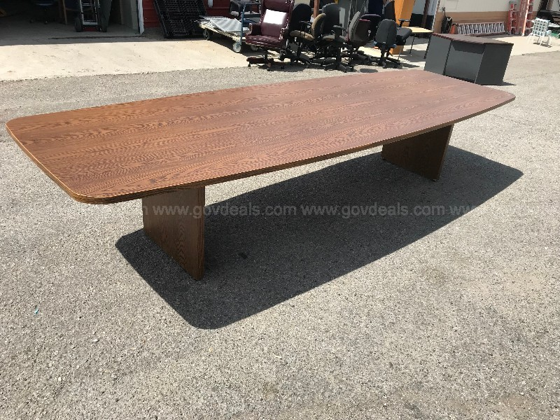 BEVIS CUSTOM WOOD CONFERENCE TABLE