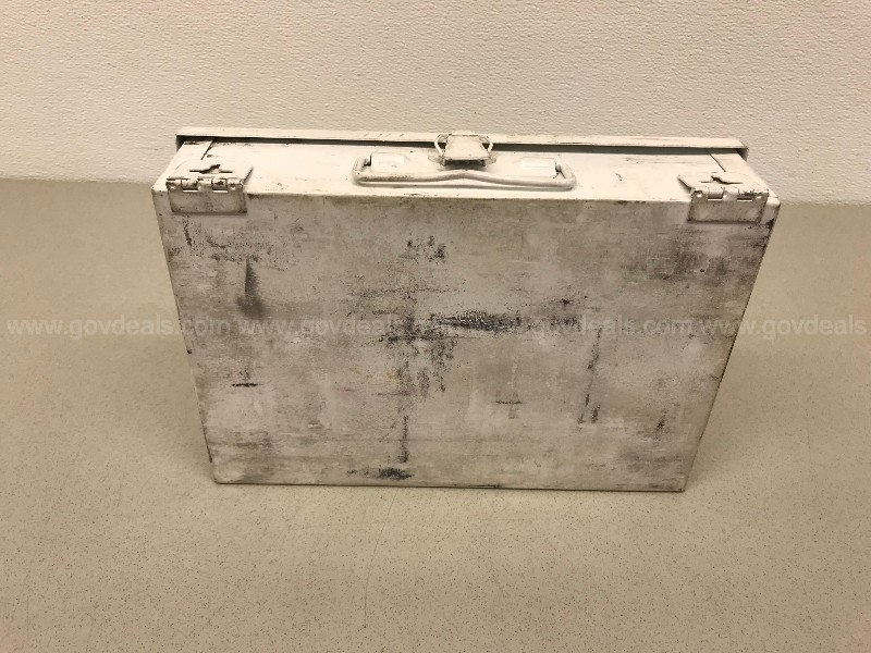 GALLS INC. METAL FIRST AID KIT BOX