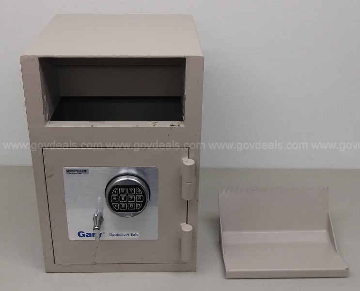GARY DEPOSITORY SAFE NO COMBINATION