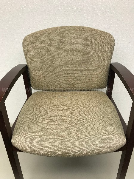 HON STATIONARY UPHOLSTERED CHAIR