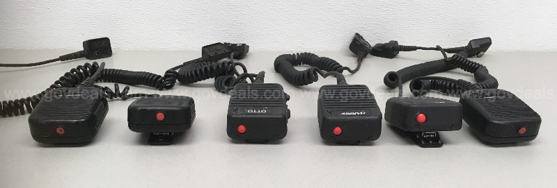 MOBILE RADIO PA SPEAKERS MICROPHONES POLICE GROUP LOT