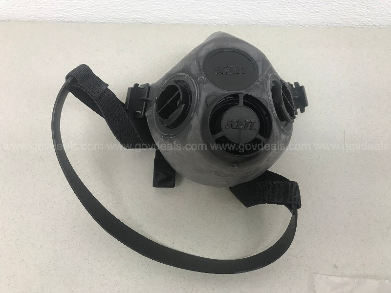 SCOTT TWIN CARTRIDGE FACE RESPIRATORS