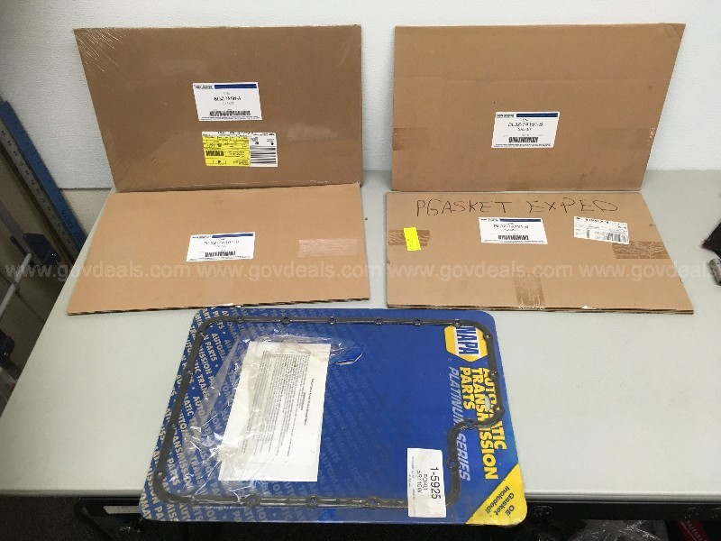 FORD OEM AUTOMATIC TRANSMISSION PAN GASKET GROUP LOT