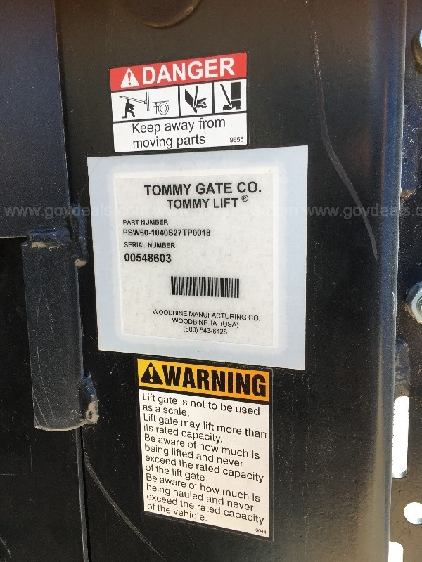 TOMMY GATE ORIGINAL SERIES LIFT GATE
