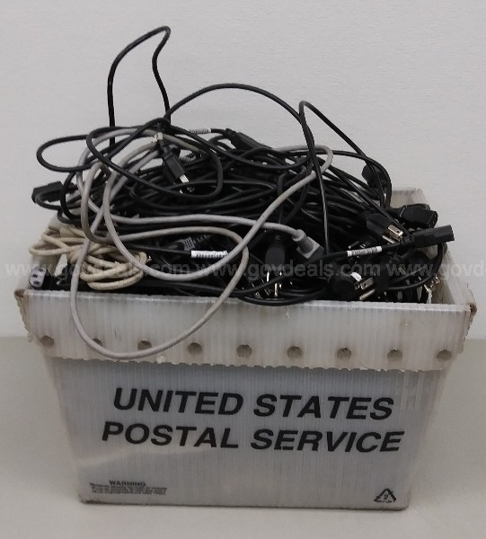 BOX OF 6 FT POWER CORDS NEW AND USED