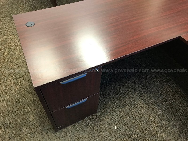 FAUX WOOD L- SHAPED DESK