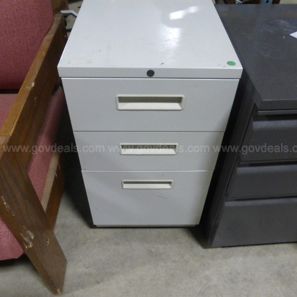 Wheeled File Cabinet 3 Drawer (Anchorage)