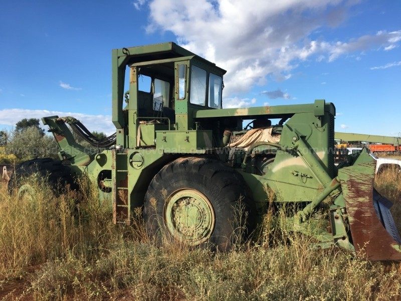Clark Michigan Dozer for parts or Scrap